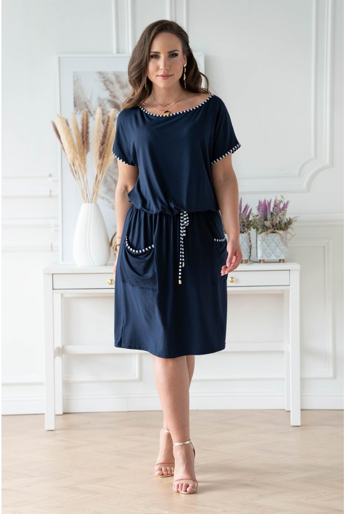 Granatowa sukienka plus size z kieszeniami duże rozmiary