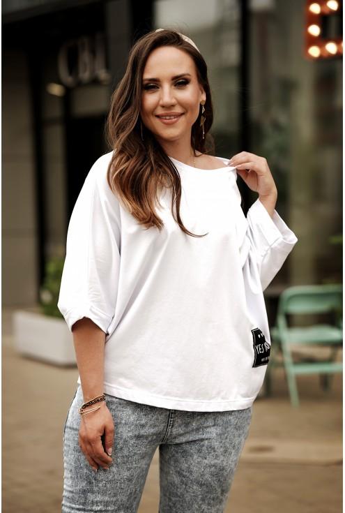 Biała bluzka kimono z czarną naszywką - Sanvi