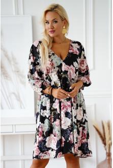 czarna sukienka w kolorowe kwiaty