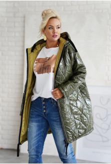 długa pikowana kurtka z kapturem