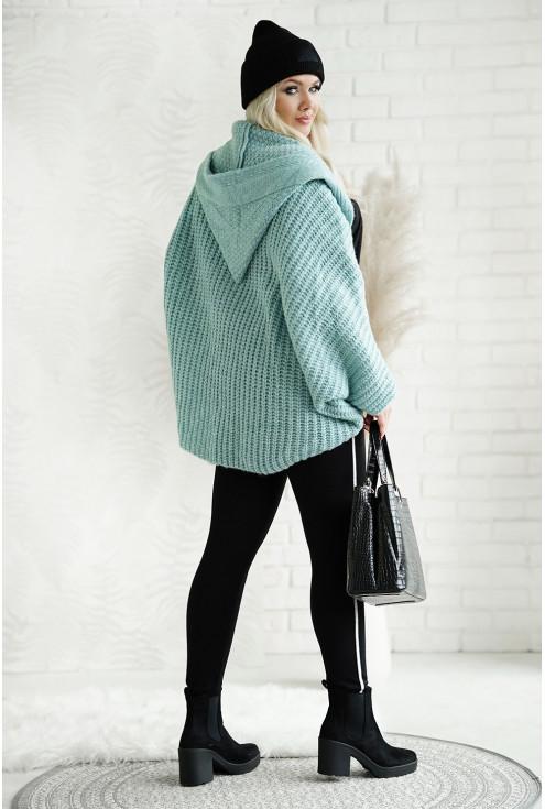ciepły sweter plus size z obniżoną linią ramion