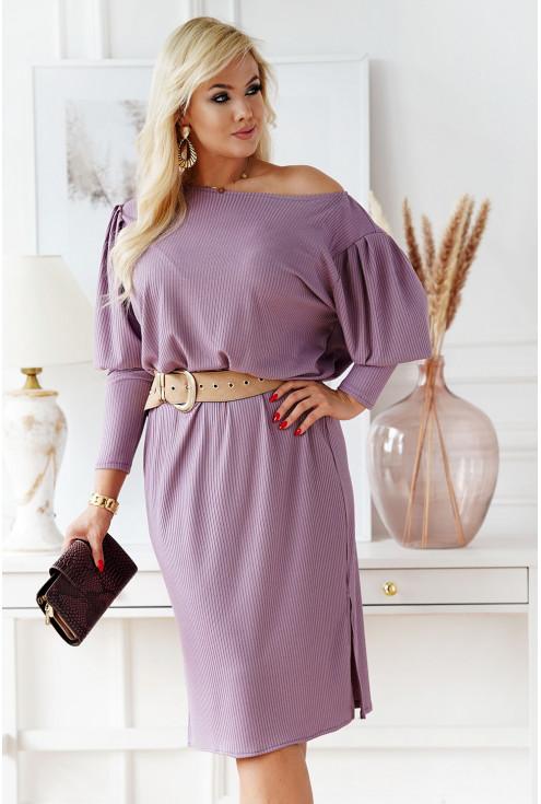 Liliowa sukienka z długim rękawem i bufkami