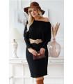 Czarna sukienka z prążkiem z długim rękawem i bufkami - Laresa