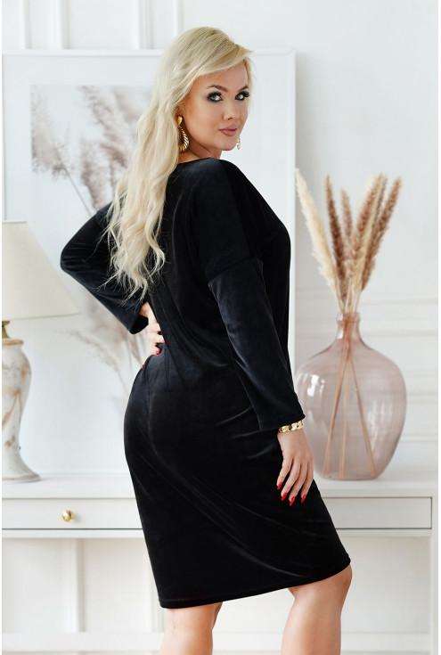 tył welurowej sukienki xxl