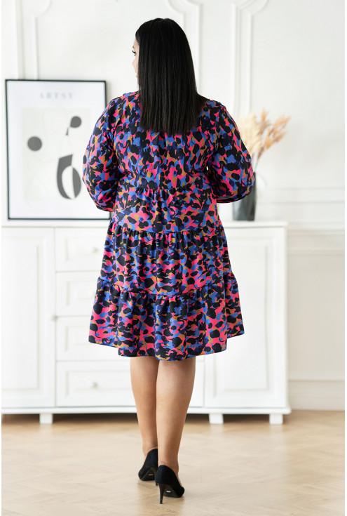 granatowa sukienka XXL z kolorowym wzorem