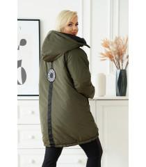 Oliwkowa długa kurtka jesienna - zimowa z ozdobną naszywką na plecach - Loris