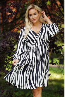 Sukienka we wzór zebra xxl
