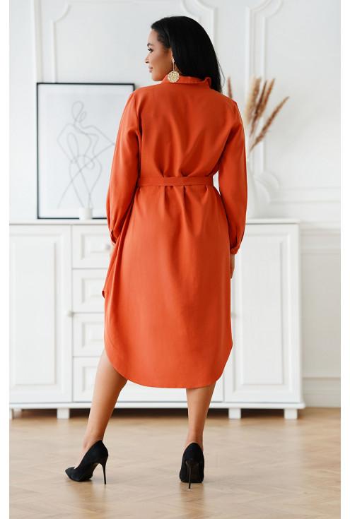tył koszulowej sukienki - duże rozmiary