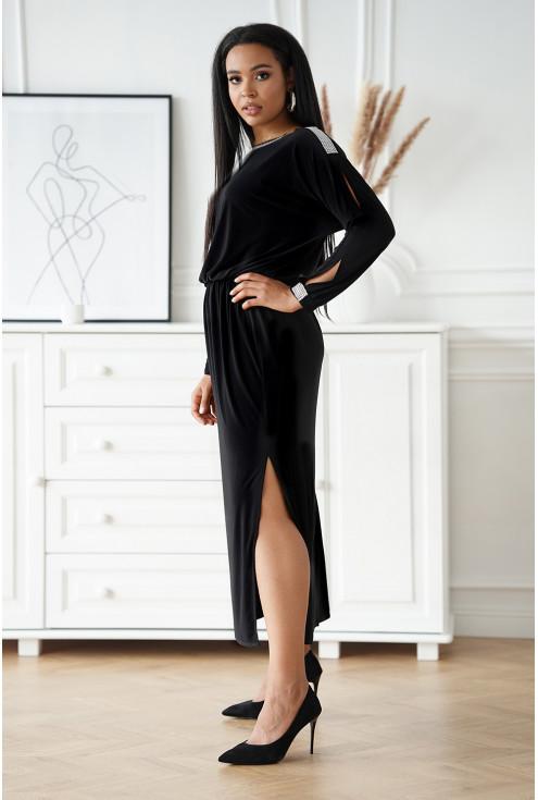 czarna długa sukienka ze zmysłowym rozcięciem - duże rozmiary