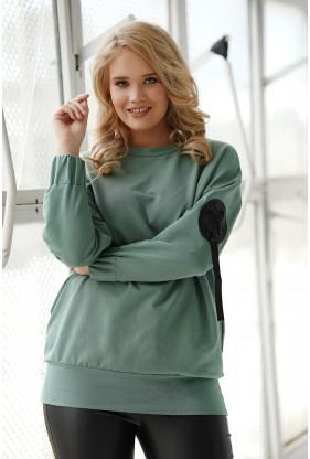 Zielona bluza oversize z naszywką