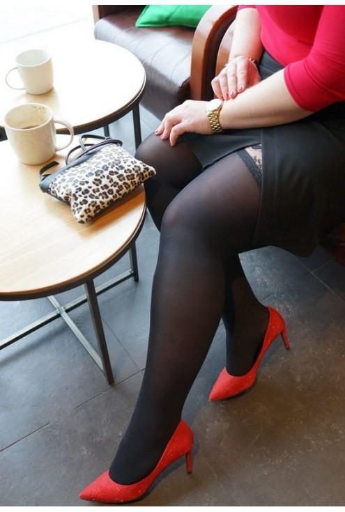 Czarna dzianinowa spódnica z zakładką
